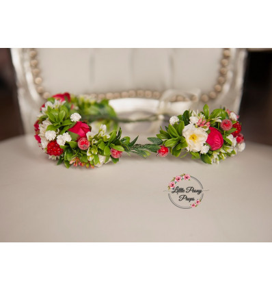 Asymmetric wreath of flowers - BEA